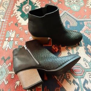 MAURICES Side Zipper Booties